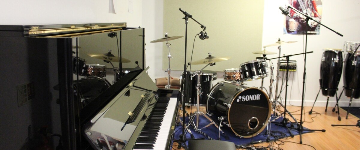 Queens drive music practice room